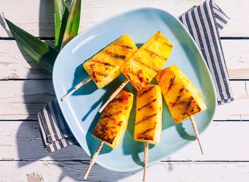 Brochettes d'ananas au barbecue