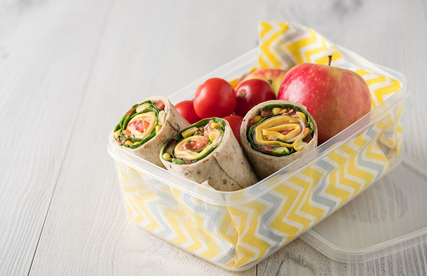 Wraps et fruits